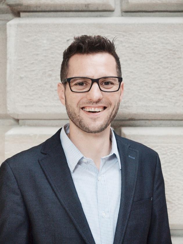 """Daniel Koller, neuer CEO von e-hoi und European Holiday Rentals. Weiterer Text über ots und www.presseportal.ch/de/nr/100011501 / Die Verwendung dieses Bildes ist für redaktionelle Zwecke honorarfrei. Veröffentlichung bitte unter Quellenangabe: """"obs/e-domizil AG"""""""