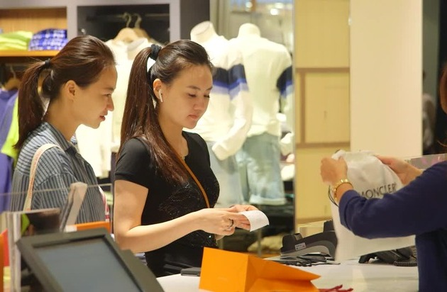 Breuninger now offering Alipay and WeChat Pay - successful collaboration with Wirecard
