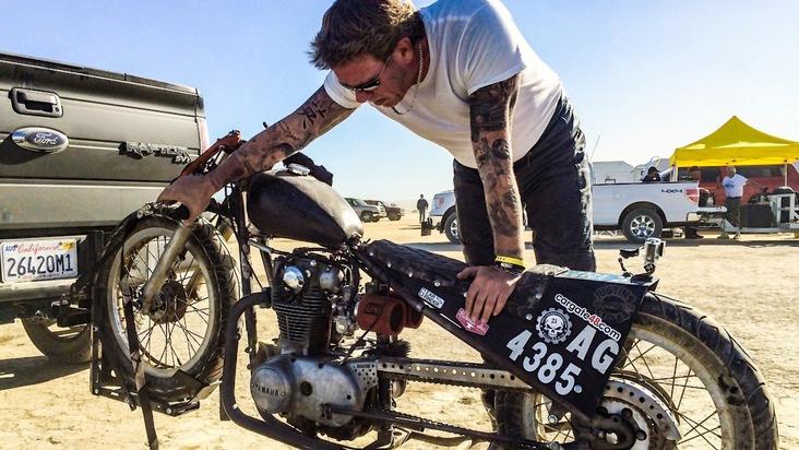 """GRIP - Das Motormagazin"": Rasantes Rennen auf dem El Mirage Lake in Las Vegas"