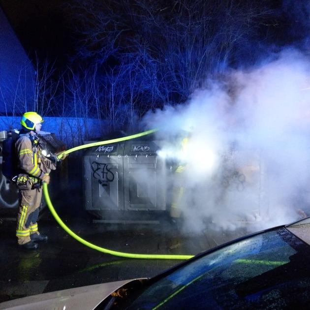 Mehrere Müllcontainerbrände forderten die Einsatzkräfte.