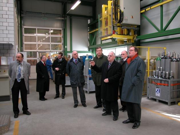 Besuch des Deutschen Botschafters im Industriegaseunternehmen Sauerstoffwerk Lenzburg AG