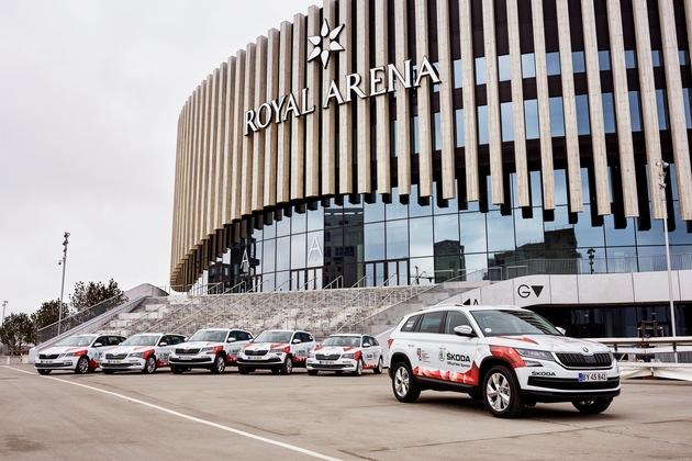 """SKODA fährt zur IIHF Eishockey-WM nach Dänemark: Als offizieller Hauptsponsor und Fahrzeugpartner stellt die tschechische Traditionsmarke den Organisatoren in Dänemark insgesamt 50 Automobile zur Verfügung. Weiterer Text über ots und www.presseportal.de/nr/28249 / Die Verwendung dieses Bildes ist für redaktionelle Zwecke honorarfrei. Veröffentlichung bitte unter Quellenangabe: """"obs/Skoda Auto Deutschland GmbH"""""""
