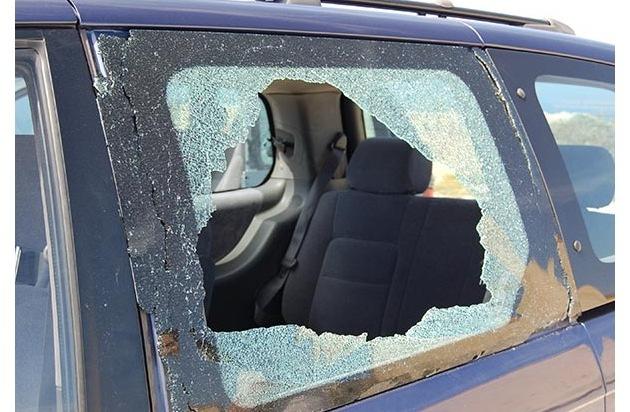 pol pb polizei fahndet nach serient tern keine wertsachen im auto liegen lassen presseportal. Black Bedroom Furniture Sets. Home Design Ideas
