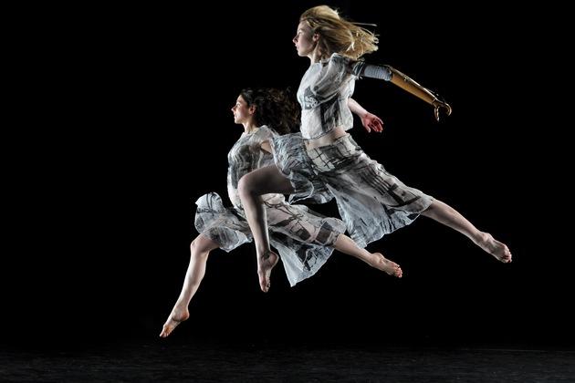 La Candoco Dance Company est l'une des compagnies européennes les plus enthousiasmantes du moment.