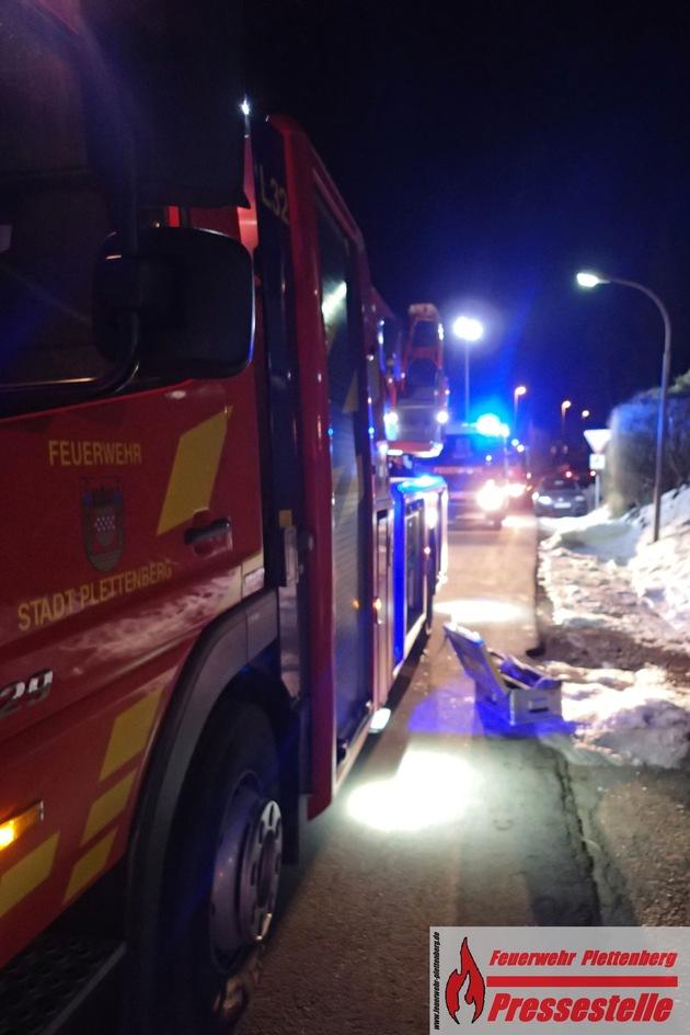 Kaminbrand am Abend in Plettenberg- Holthausen