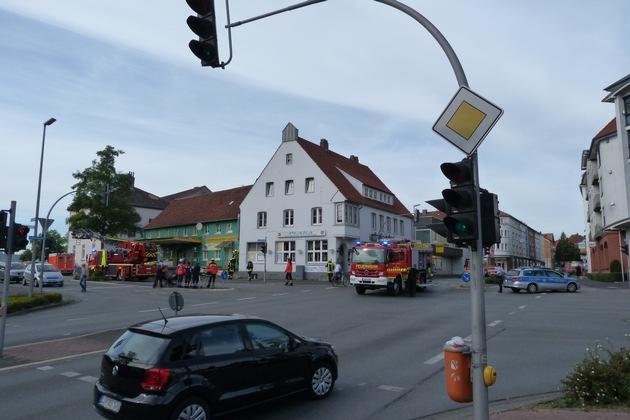 FW-DT: Gemeldeter Dachstuhlbrand