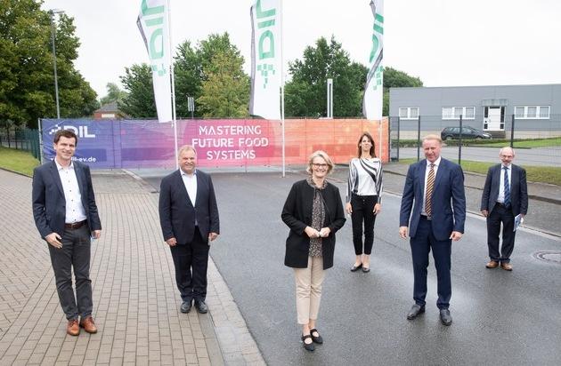 Bundesministerin für Bildung und Forschung zu Gast beim Deutschen Institut für Lebensmitteltechnik
