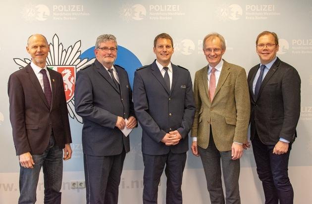 POL-BOR: Kreis Borken - Dr. Hörster begrüßt Polizeirat Daniel Sühling - Presseportal.de