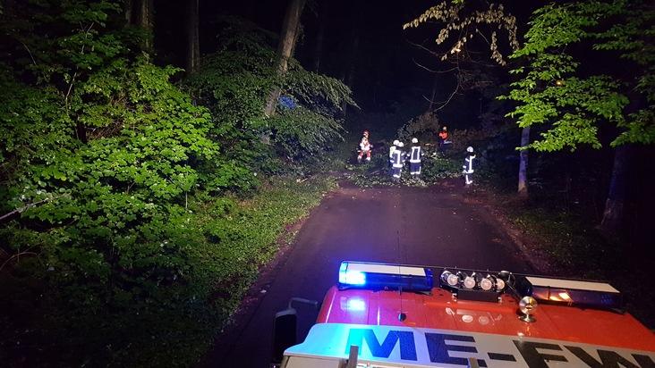 FW-Heiligenhaus: Sieben Verletzte nach Feuerwerksunfall (Meldung 16/2017)