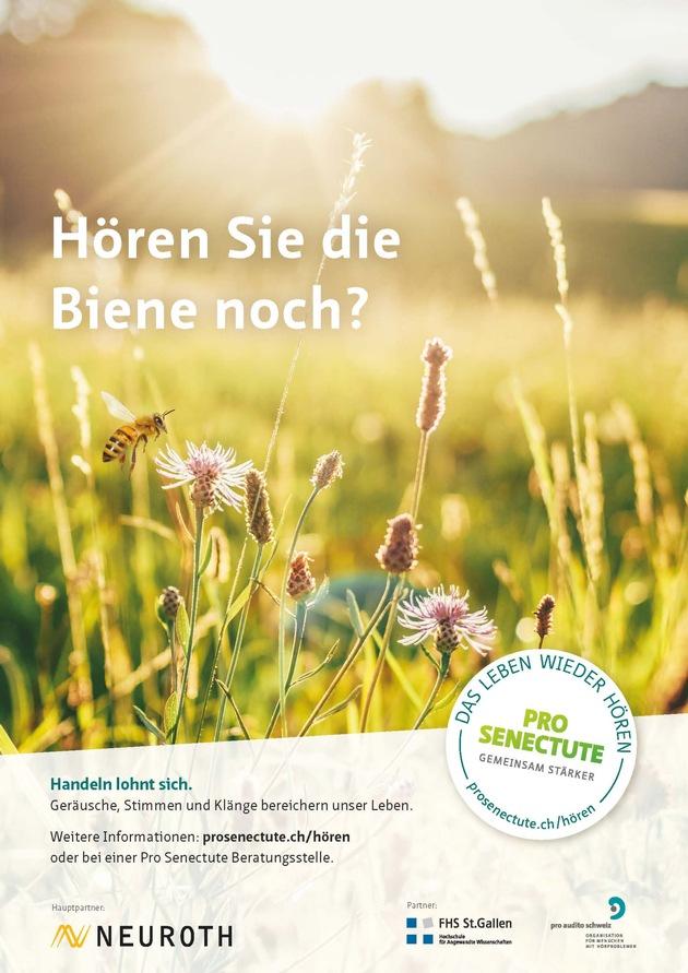 """Plakat zur Kampagne """"Das Leben wieder hören"""". Weiterer Text über ots und www.presseportal.ch/de/nr/100002565 / Die Verwendung dieses Bildes ist für redaktionelle Zwecke honorarfrei. Veröffentlichung bitte unter Quellenangabe: """"obs/Pro Senectute Schweiz"""""""