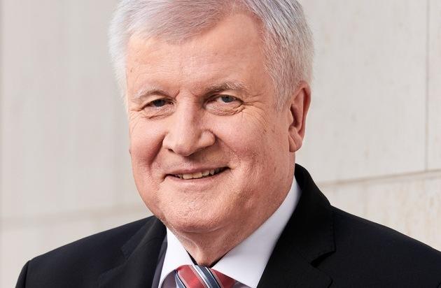 Bundesinnenminister Horst Seehofer übernimmt Schirmherrschaft der bautec 2020 / BMI präsentiert