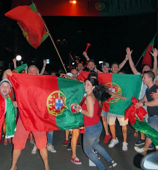 POL-PPWP: Kaiserslautern: Die Europameisterschaft gefeiert