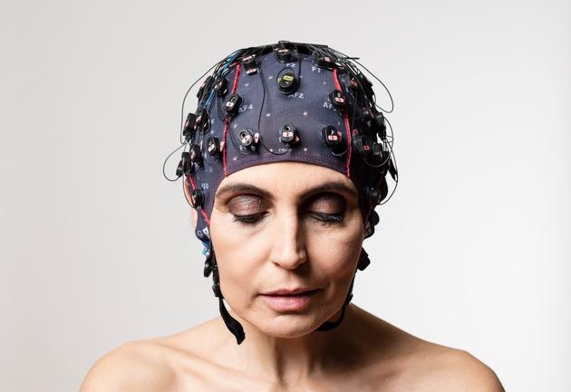 mindBEAGLE: Die 1. Gehirn-Computer Schnittstelle zur Kommunikation mit kompletten Locked-In Patienten - BILD