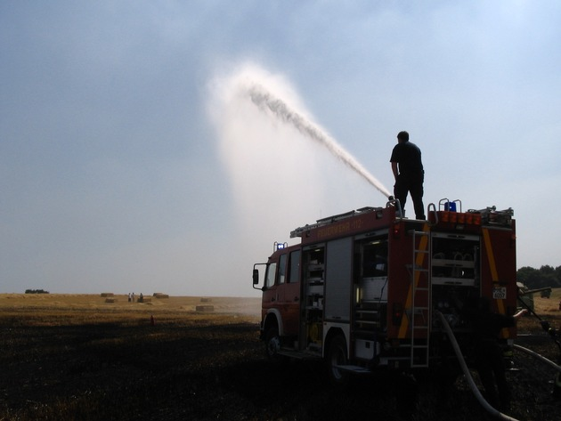 FW-ME: Waldbrandgefahr und Hitzegewitter (Meldung 20/2015)