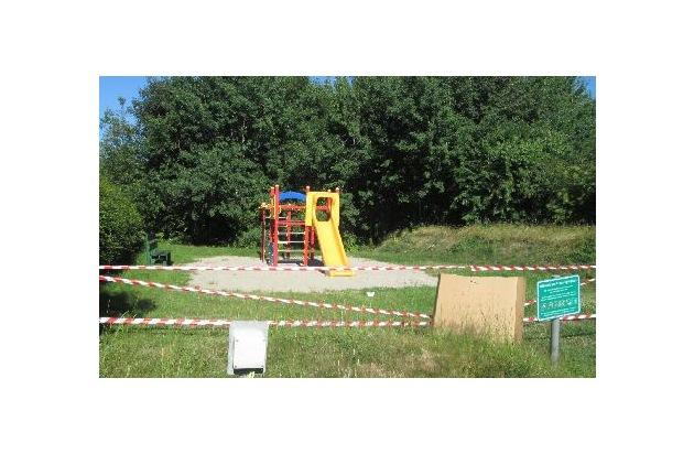 Spielgerüst auf dem Spielplatz in Neukirchen  Quellenangabe: Polizeidirektion Flensburg