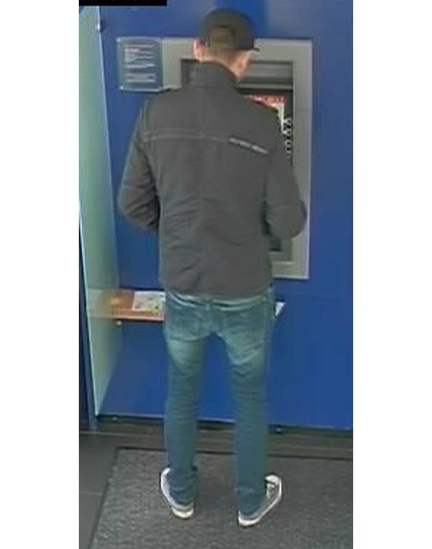 Unbekannter Täter Geldautomat Elz Bild 2