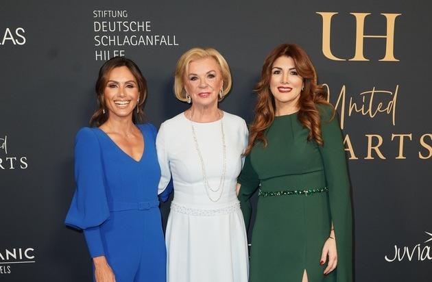 United Hearts Gala in Berlin - Ein Abend für die Stiftung Deutsche Schlaganfall-Hilfe / Stargast Jamie Cullum und das Moka Efti Orchestra sorgten für spektakuläre musikalische Momente