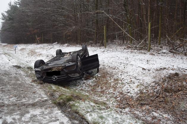 POL-PDKL: A6/Enkenbach-Alsenborn, Auf schneeglatter Fahrbahn Kontrolle verloren