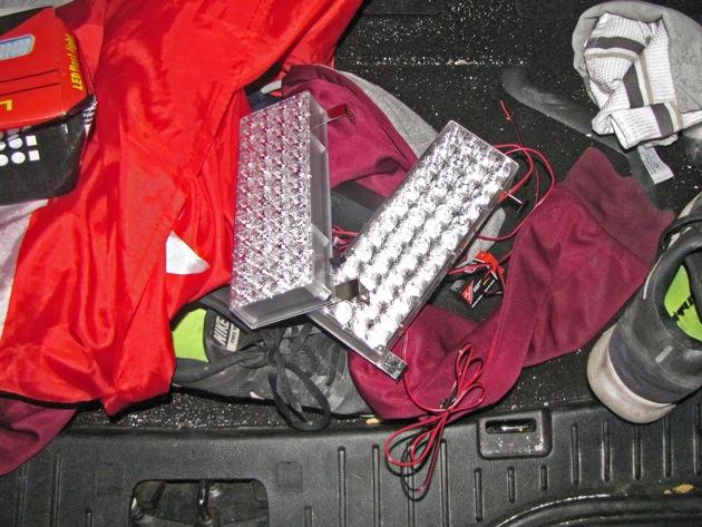Die zwei LED-Blitzer wurden freiwillig herausgegeben, als leugnen nicht mehr nutzte