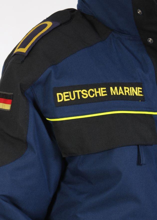 """Bordparka der Deutschen Marine mit der Aufschrift """"Deutsche Marine"""". Foto: Björn Wilke, Deutsche Marine"""