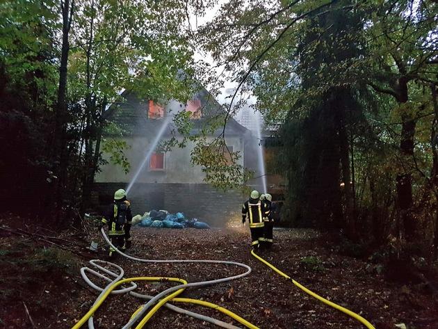 Einsatzbild der Feuerwehr Velbert vom Brandort (Bild 2) / Quelle: Feuerwehr Velbert