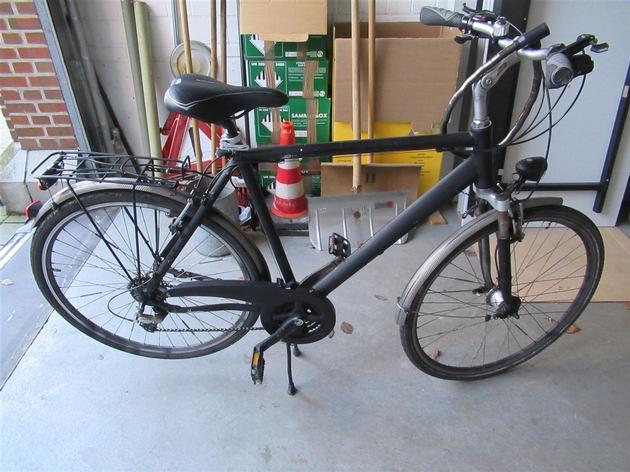 Bilder des sichergestellten Fahrrades - Besitzer gesucht