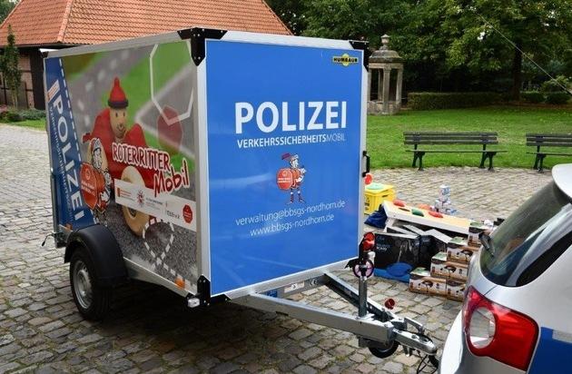 """POL-EL: Nordhorn - Pressetermin Übergabe """"Roter-Ritter-Mobil"""" - Presseportal.de"""