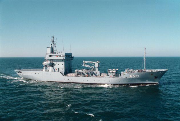 """Archivbild: Tender """"Rhein"""" in See. Foto: Deutsche Marine."""