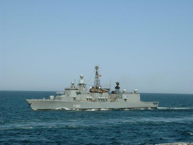 Marine - Pressemitteilung: Fregatte Bremen kehrt heim