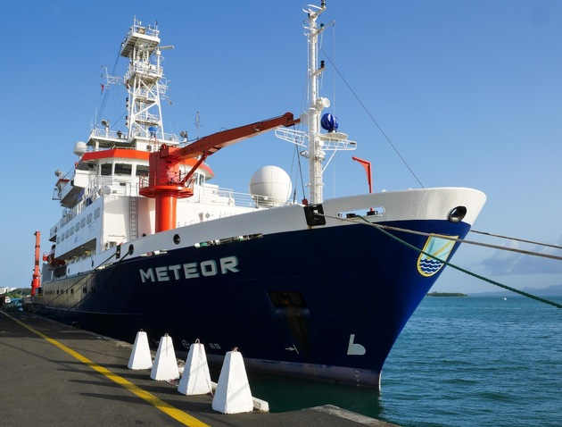 The team will travel aboard the research ship Meteor.  Photo: Martin Visbeck / GEOMAR