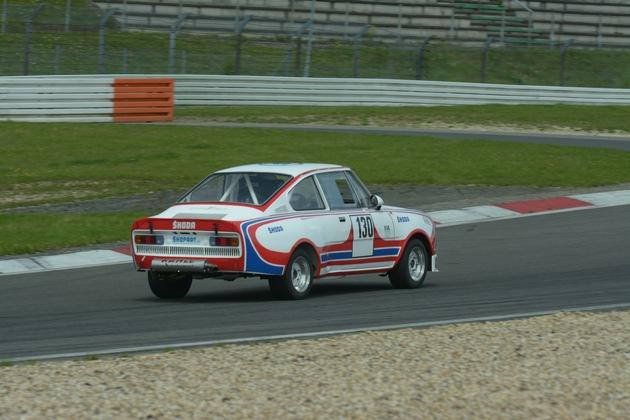 SKODA startet mit 16 Fahrzeugen beim Vollgasfestival ADAC Sachsenring Classic