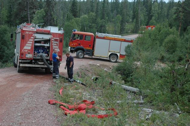 Im Waldbrandeinsatz in Schweden: Die Kreisfeuerwehrbereitschaft Nienburg (NI) war im Rahmen des EU-Gemeinschaftsverfahrens in Skandinavien im Einsatz.