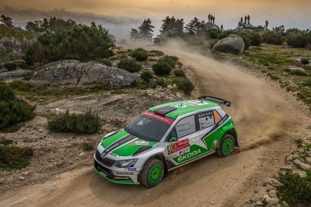 Pontus Tidemand beschert SKODA Motorsport den ersten Saisonsieg in der WRC 2