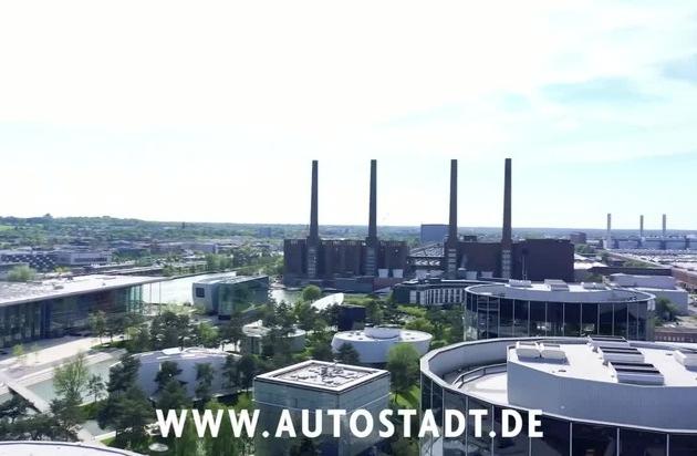Happy Birthday Autostadt! Freier Eintritt zum 20-jährigen Jubiläum am 1. Juni 2020 / Interview mit Gunnar Kilian und Roland Clement / Video: Drohnenflug durch die Autostadt