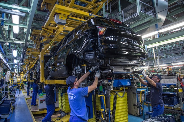 """Ford bekräftigt Engagement in Spanien: 750 Millionen Euro für Kuga-Fertigung in Valencia / Weiterer Text über ots und www.presseportal.de/nr/6955 / Die Verwendung dieses Bildes ist für redaktionelle Zwecke honorarfrei. Veröffentlichung bitte unter Quellenangabe: """"obs/Ford-Werke GmbH"""""""