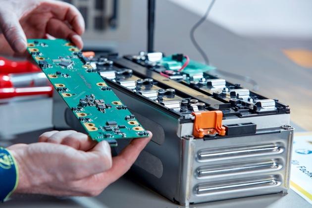 23 Citaro Battery Detail Copyright Daimler EvoBus