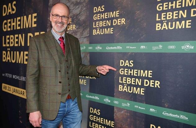DAS GEHEIME LEBEN DER BÄUME feiert Premiere in München / Peter Wohllebens Bestselleradaption begeistert die Kinofans