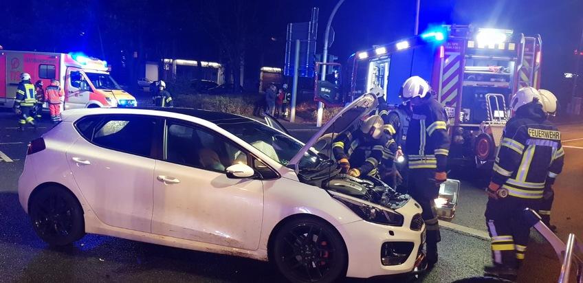 An beiden Fahrzeugen lösten beim Zusammenprall die Airbags aus.