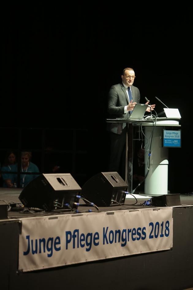 Bundesgesundheitsminister Jens Spahn (CDU) auf dem Junge Pflege Kongress 2018, Copyright: DBfK Nordwest / Krückeberg