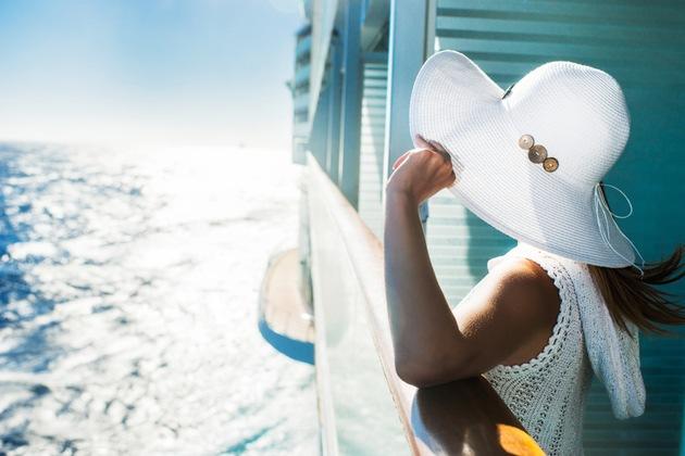 In diesem Jahr stechen 17 neue Schiffe in See. Die Reedereien setzen den Fokus beispielsweise auf Nachhaltigkeit und Gesundheit. Foto: Captain-Kreuzfahrt/IStock/BranuS