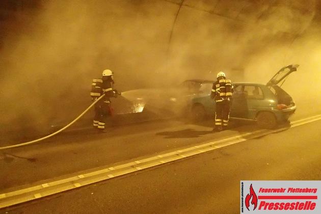 Eine Übung der Feuerwehr fand im Plettenberger Hestenbergtunnel statt