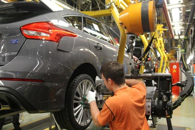 Ford-Werk in Saarlouis baut schnellstes RS-Modell des Herstellers: Serienproduktion des Ford Focus RS gestartet