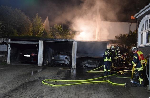 Gr E Einer Doppelgarage fw oe brand einer doppelgarage feuerwehr verhindert ausbreitung auf wohnhäuser