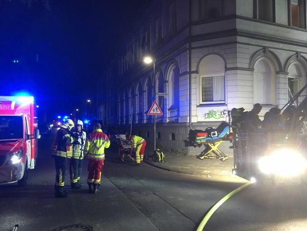 Insgesamt 16 Personen wurden durch die Feuerwehr gerettet, elf davon waren verletzt. Unter den Verletzten waren auch fünf Kinder.