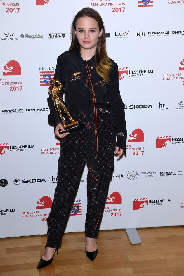SKODA chauffierte die Stars zum Hessischen Film- und Kinopreis