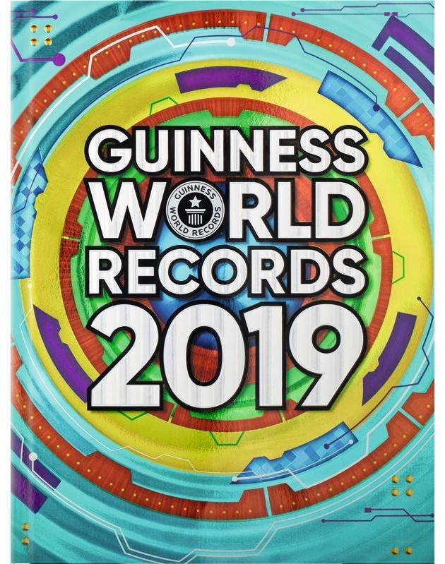 """Guinness World Records 2019 - die neue Ausgabe mit über 47.000 Rekorden und Geschichten über die Rekordhalter. / Jeder ist #rekordverdächtig! / Weiterer Text über ots und www.presseportal.de/nr/33603 / Die Verwendung dieses Bildes ist für redaktionelle Zwecke honorarfrei. Veröffentlichung bitte unter Quellenangabe: """"obs/Ravensburger Buchverlag GmbH/Guinness World Records"""""""