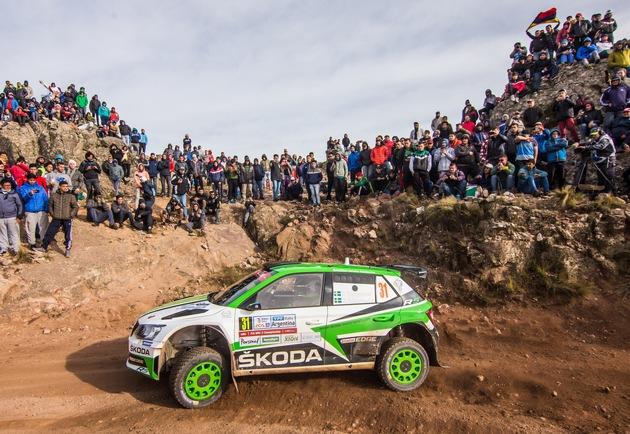 """SKODA bei der Rallye Portugal 2018: Die amtierenden WRC 2-Champions Pontus Tidemand/Jonas Andersson (SWE/SWE) wollen im SKODA FABIA R5 zum dritten Mal in Folge die WRC 2-Kategorie gewinnen. Weiterer Text über ots und www.presseportal.de/nr/28249 / Die Verwendung dieses Bildes ist für redaktionelle Zwecke honorarfrei. Veröffentlichung bitte unter Quellenangabe: """"obs/Skoda Auto Deutschland GmbH"""""""
