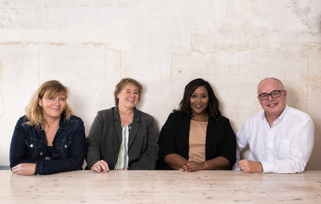 "The dpa editorial board as from May 2019: Editor-in-chief Sven Gösmann (52) with deputy editors-in-chief Niddal Salah-Eldin (33) as head of Innovation and Product, Jutta Steinhoff (51) as head of Network and Antje Homburger (55) as head of News (from right to left). (Photo: Kai Heimberg for dpa) Weiterer Text über ots und www.presseportal.de/nr/8218 / Die Verwendung dieses Bildes ist für redaktionelle Zwecke honorarfrei. Veröffentlichung bitte unter Quellenangabe: ""obs/dpa Deutsche Presse-Agentur GmbH/Kai Heimberg"""