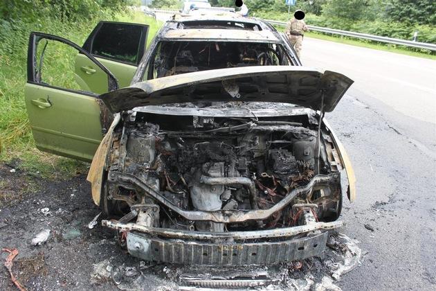 POL-PDKL: A62/Landstuhl, Pkw geht in Flammen auf