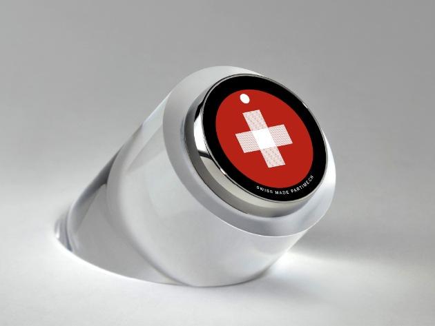 Das Schweizerkreuz als Uhr (BILD + VIDEO)